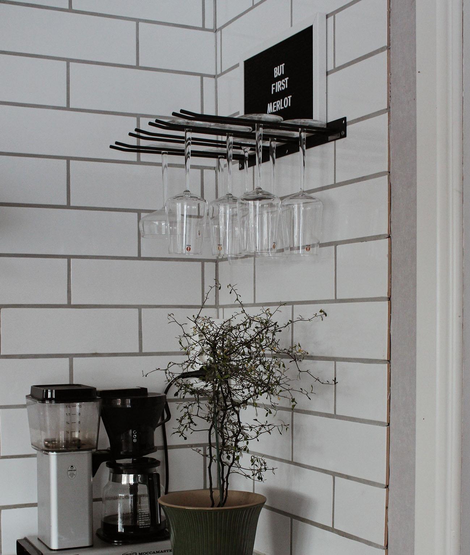 Glashängare i köket (1)